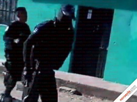 policia huye